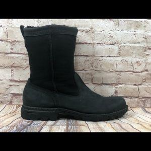 UGG Hartsville sz 11 sheepskin boots black